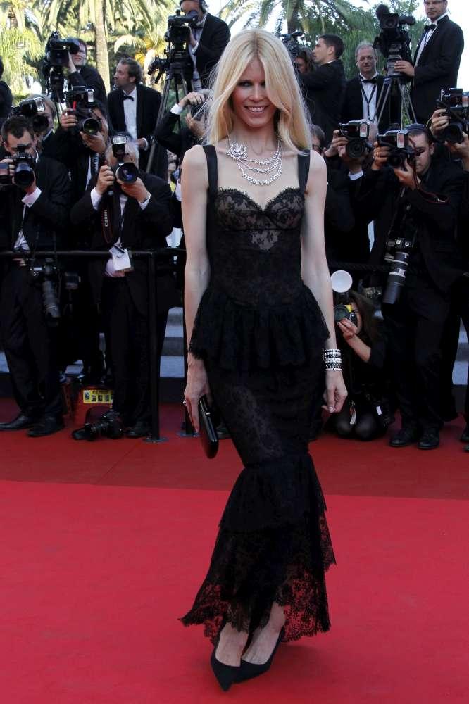 Claudia Schiffer, i 45 anni della top model che divenne sinonimo di bellezza