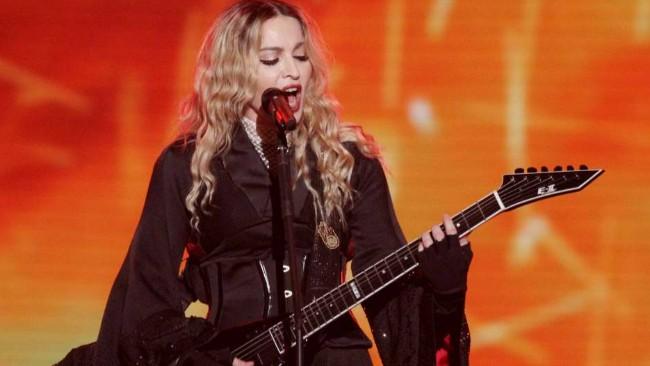 Madonna a Torino, allerta sugli spettatori stranieri