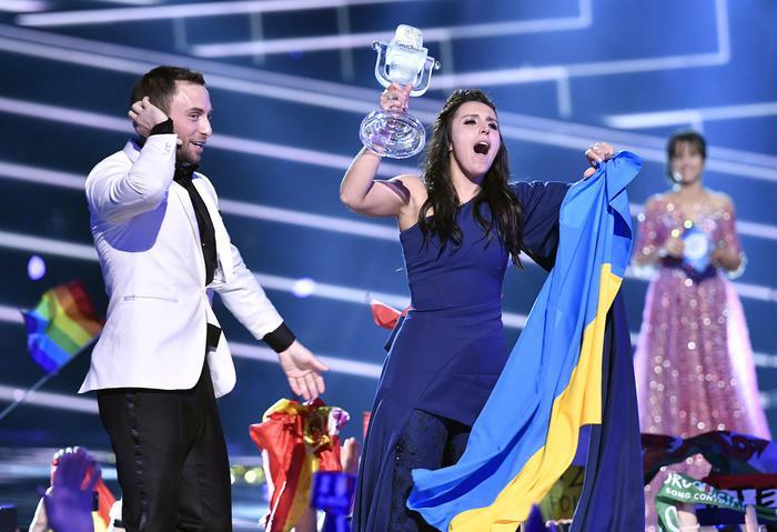 Eurovision, la canzone che ha fatto vincere l'Ucraina fa infuriare la Russia: ecco perché