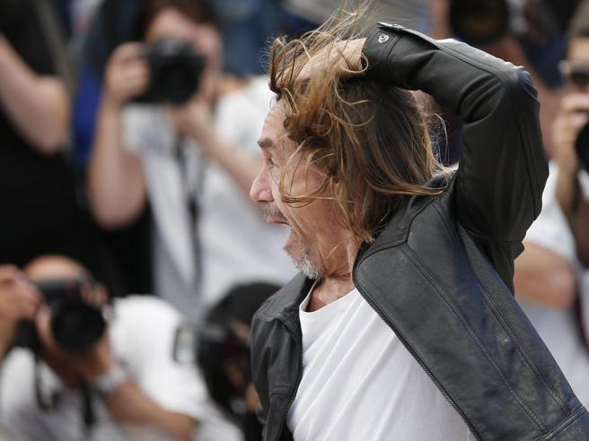 """Ciclone Iggy Pop a Cannes per Gimme Danger: """"Non mi drogo più, meglio un bicchiere di vino"""""""
